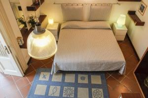 B&B Villa Ocsia, Bed and Breakfasts  San Giorgio a Cremano - big - 10