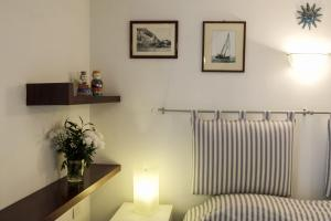 B&B Villa Ocsia, Bed and Breakfasts  San Giorgio a Cremano - big - 8