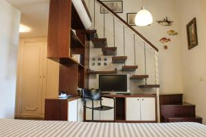 B&B Villa Ocsia, Bed and Breakfasts  San Giorgio a Cremano - big - 4