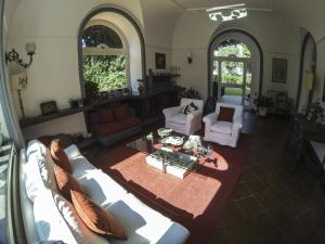 B&B Villa Ocsia, Bed and breakfasts  San Giorgio a Cremano - big - 38
