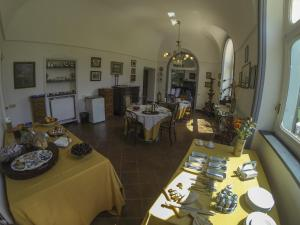 B&B Villa Ocsia, Bed and Breakfasts  San Giorgio a Cremano - big - 35