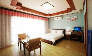 Jeju Dioville Pension, Дома для отпуска  Согвипхо - big - 38