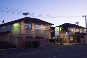 Arena Court Motel