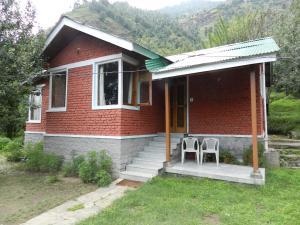 Auberges de jeunesse - Manali Treehouse Cottages