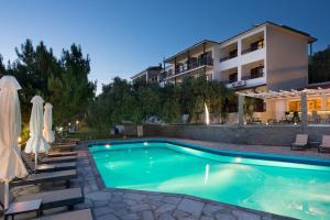 Hostales Baratos - Hotel Villa Natassa
