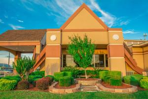 Howard Johnson by Wyndham Oklahoma City, Motely  Oklahoma City - big - 12