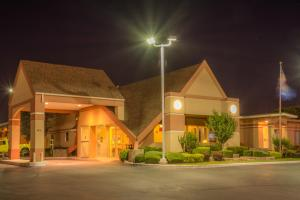 Howard Johnson by Wyndham Oklahoma City, Motely  Oklahoma City - big - 31
