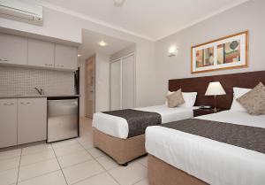 Southern Cross Atrium Apartments, Апарт-отели  Кэрнс - big - 37