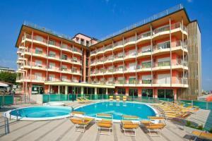 Hotel Adria Beach Club - AbcAlberghi.com