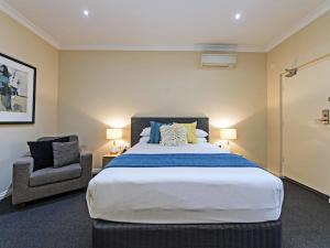 Comfort Inn & Suites Sombrero, Motel  Adelaide - big - 26