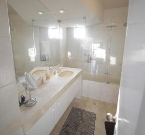 Luxury Condo Close To Larcomar, Apartments  Lima - big - 121