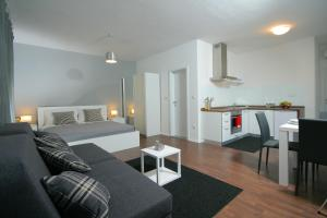 Charm Apartments And Rooms - Trogir