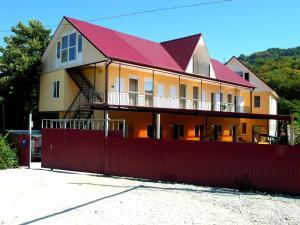 Gostevoy dom Vishnevyy - Solokhaul