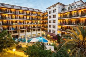 Hotel La Carolina, Отели  Льорет-де-Мар - big - 1