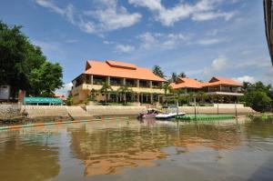 Maeklong Marina Resort - Ban Khu Bua (1)