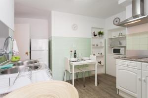 Travel and Tales Príncipe Real Apartments, Apartmanok  Lisszabon - big - 10