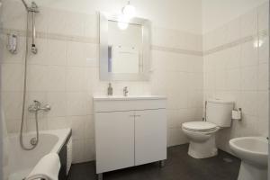 Travel and Tales Príncipe Real Apartments, Apartmanok  Lisszabon - big - 5