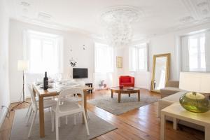 Travel and Tales Príncipe Real Apartments, Apartmanok  Lisszabon - big - 6