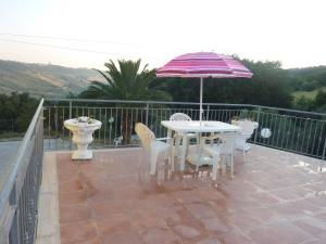 Il Terrazzo Delle Rondini, Bed and breakfasts  Lapedona - big - 28