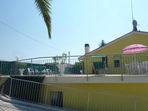 Il Terrazzo Delle Rondini, Bed and breakfasts  Lapedona - big - 7