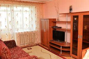 Richhouse on Abdirova 15, Apartmanok  Karagandi - big - 12