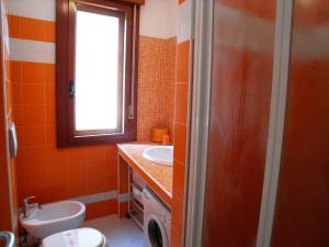 Casa Carducci, Apartmanok  Grado - big - 8