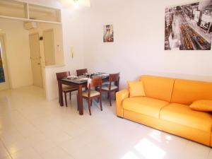 Casa Carducci, Apartmanok  Grado - big - 3