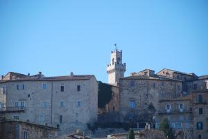 Residenza Savonarola Luxury Apartment, Ferienwohnungen  Montepulciano - big - 68
