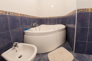 Guesthouse Hortenzija, Ferienwohnungen  Mostar - big - 17