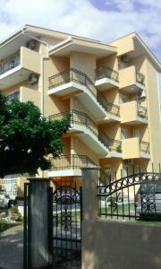 Apartments Percobic, Apartmanok  Sutomore - big - 35