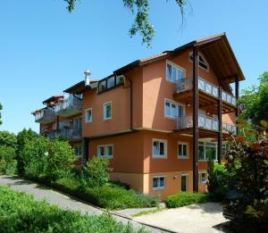 Hotel Pension Gabriela - Kirchhofen