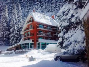 Отель Гоначхир, Домбай