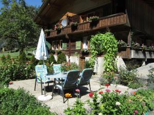 Apartment Lindi - Hotel - Lütschental