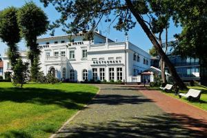 Schloss Hotel Yantarny - Pokrovskoye