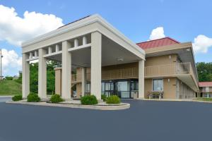 """Americas Best Value Inn - Collinsville / St. Louis"""
