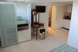 Swiss Borzoi House, Bed & Breakfast  Bellerive - big - 15