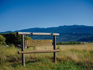 . Hansen Guest Ranch