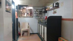 Med Mid Town Apt, Appartamenti  Mumbai - big - 34
