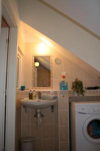 Apartmany U Divadla, Ferienwohnungen  Karlsbad - big - 3
