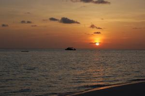 Vaali Beach Lodge Maldives, Гостевые дома  Фелидху - big - 21