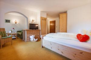 Hotel Hubertushof - Ihr Hotel mit Herz, Hotely  Leutasch - big - 2