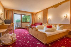 Hotel Hubertushof - Ihr Hotel mit Herz, Hotely  Leutasch - big - 8