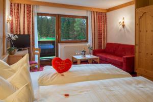 Hotel Hubertushof - Ihr Hotel mit Herz, Hotely  Leutasch - big - 42