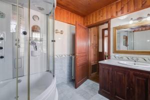 Bed & Breakfast La Giara, Отели типа «постель и завтрак»  Марко-Симоне - big - 21