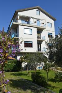 Appartamenti Ancora Azzurra - AbcAlberghi.com