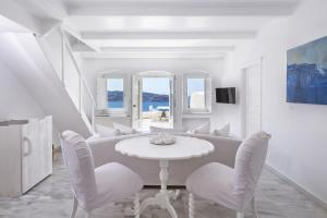 Canaves Oia Suites (32 of 40)