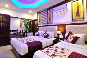 Hotel Nirmal Mahal By Check In Room
