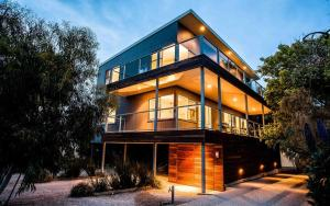 Point Lonsdale Holiday Apartments - Ocean Grove
