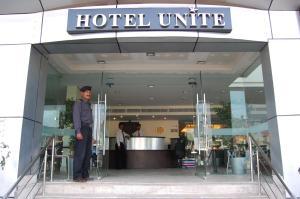 . Hotel Unite