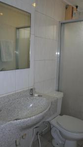 Robbinsdale Residences, Hotel  Manila - big - 24